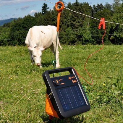 60 L drum Kroon olie Armado Synth LSP Ultra 5W-30 — 345307 — Gallagher De S40 is het ultieme schrikdraadapparaat voor afrasteringen tot 5 km. Het apparaat is snel te installeren en gemakkelijk te vervoeren. Het apparaat werkt 3 weken zonder zon en heeft een ingebouwde bliksembeveiliging. De S40 is daardoor een zeer goed alternatief voor een batterij-systeem. 345307 —