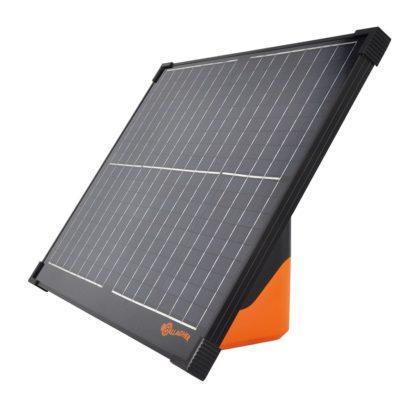 60 L drum Kroon olie Armado Synth LSP Ultra 5W-30 — 361307 — Gallagher De S400 is de krachtpatser onder de solar apparaten. Met de S400 kunt u met gemak een afrastering van 30 km van stroom voorzien. De S400 beschikt over een krachtig 40W zonnepaneel. Door de ingebouwde smart battery management gaat het apparaat zonder daglicht meerdere weken mee. Hierdoor heeft u het hele jaar door stroom op de afrastering. 361307 —