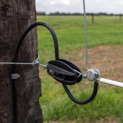 60 L drum Kroon olie Armado Synth LSP Ultra 5W-30 — 603568 — Gallagher Goede verbindingen in een elektrische afrastering zijn uitermate belangrijk. Het gewoon om elkaar draaien van draad zorgt voor veel storingen en dus problemen. Draadklemmen waarborgen een goede verbinding waarborgen, waardoor contactstoringen minder vaak zullen optreden. De ronde draadklem is geschikt voor draad, 603568 —