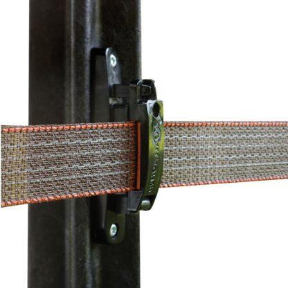 60 L drum Kroon olie Armado Synth LSP Ultra 5W-30 — 699004 — Gallagher Geen slaphangend lint meer of een moeilijk bevestigingssyteem met deze isolator. Met één eenvoudige klik plaats u het 40mm lint in de isolater. Door de rubberen delen blijft het lint op zijn plek en verlengt u de levensduur van uw afrastering. 699004 —